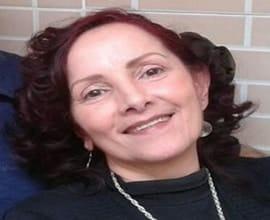 Tarólogo(a) Lara da Lótus Esoterismo